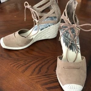 Close toed Espadrille tie up wedges